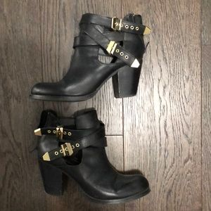 Black booties - Size 10 (fit like a 9)
